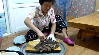 animal abuse in south korea dog eating and beatiing