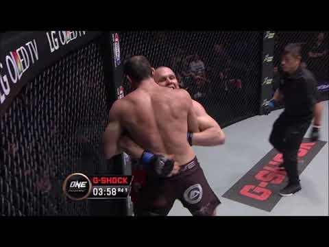 Roger Gracie No Gi Jiu jitsu highlight, 'the best'