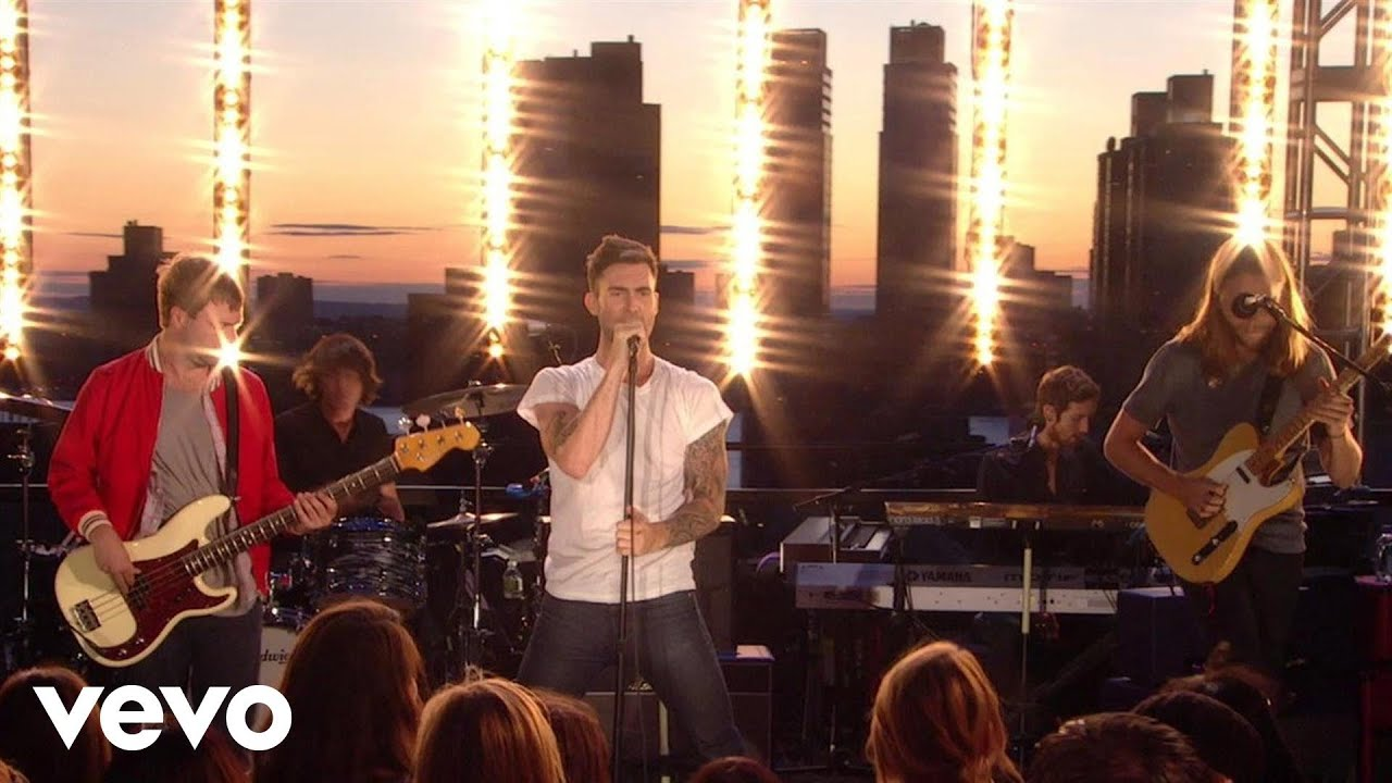 maroon-5-makes-me-wonder-vevo-summer-sets-maroon5vevo