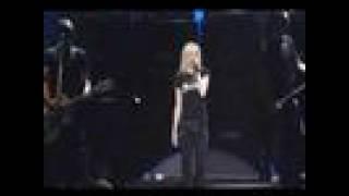 Avril Lavigne-Sk8er Boi (live at Budokan)