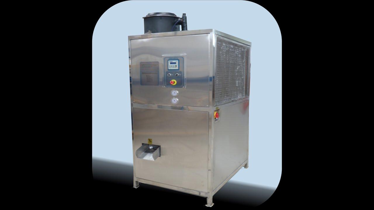 Resultado de imagem para maquina de fazer gelo em cubos industrial