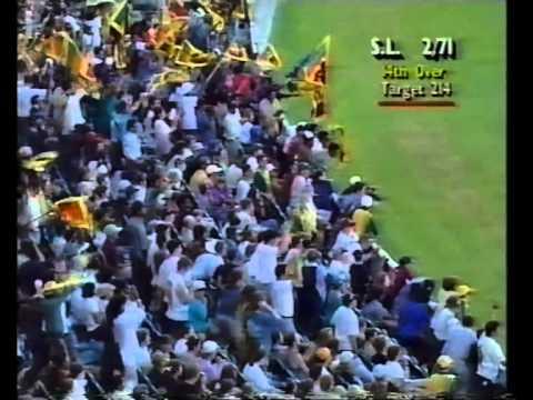 Romesh Kaluwitharana 77 vs Australia MCG 1995/96