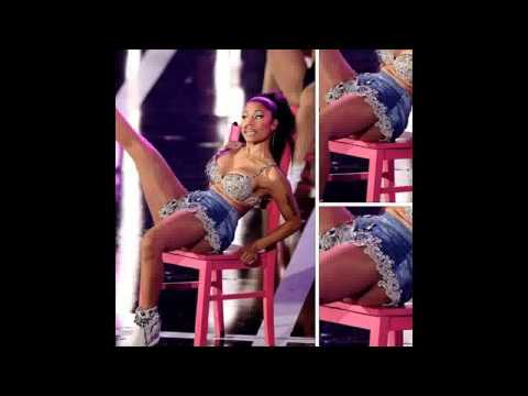 iHeart Radio Festival Fans Complain About Nicki Minaj's Fake Assets During Performance