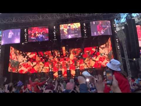 The Stone Roses - Sally Cinnamon - Hampden Glasgow June 24 2017