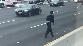 NJ commuters grab cash on Rt 3 after armored truck crash
