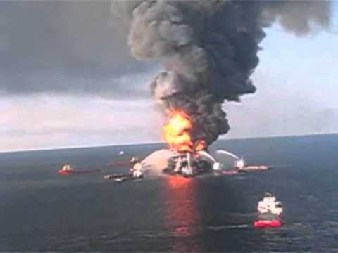 Deepwater Horizon fire seen by US Coast Guard helicopter1