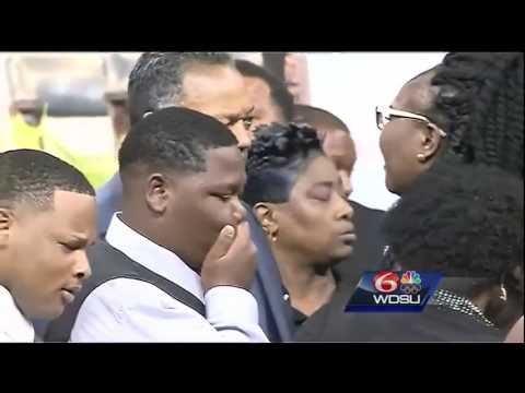 Alton Sterling funeral: Civil Rights leaders call for action