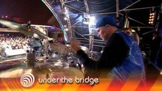 Red Hot Chili Peppers - Under the Bridge & Give it Away [Live]