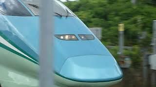 [警笛あり]山形新幹線 とれいゆつばさ1号 E3系茂吉記念館前駅通過