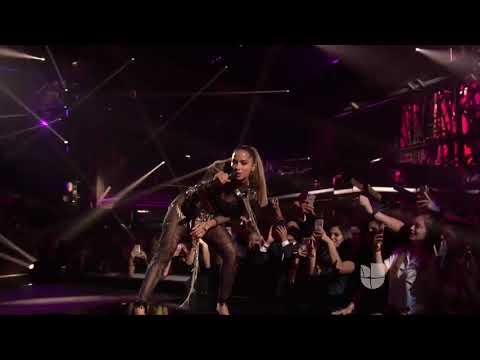 Anitta, J Balvin, Jeon - Machika (Live at Premio Lo Nuestro 2018) HD