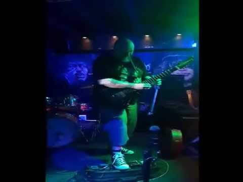 Skinstripper - The ever changing flow of time (Live)