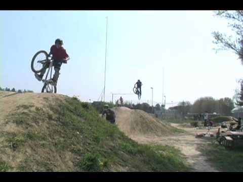Zollikon Dirt Jump April Session