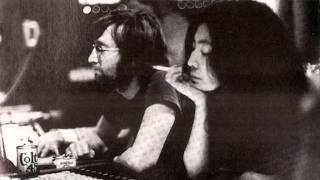 Yoko Ono - She Gets Down On Her Knees [previously unreleased version]