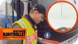 Windschutzscheibe gerissen: Darf der Fernbus weiter fahren? | Achtung Kontrolle | kabel eins