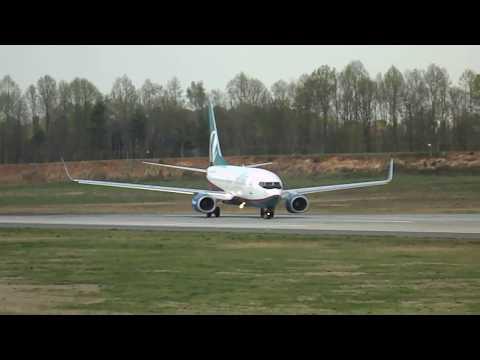 AirTran Airways 737-700 Takeoff