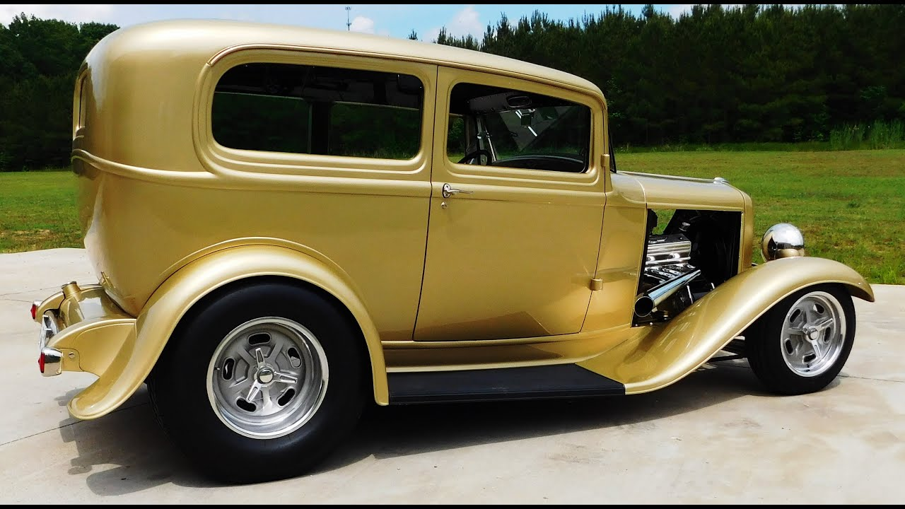 1932 Ford Tudor Sedan Hot Rod \