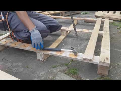 How to dismantle pallets: making use of pallet wood for DIY Projects