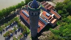 La maison dans La Loire et la Tour à Plomb de Couëron