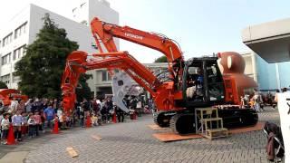 Two boom Experimental Machine [双腕油圧ショベル ASTACO NEO] HITACHI