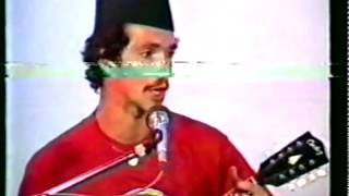 Udo Kirch sings nepali folk dalli resham with Mukti Shakya