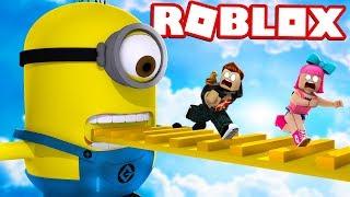 FUJA DOS MINIONS EM FAMÍLIA no ROBLOX!!! (Escape The Minions Adventure Obby)