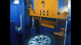 Тест на удар (обод) - колесные литые диски на Volkswagen (Фольксваген). WSP Italy W456 Ginostra