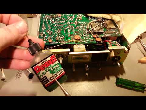 CB radio with jammed push button switch. How to disassemble and repair.