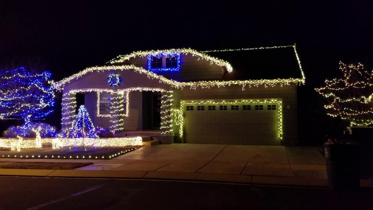 Chaser Christmas Lights.Straight No Chaser Dancing Christmas Lights
