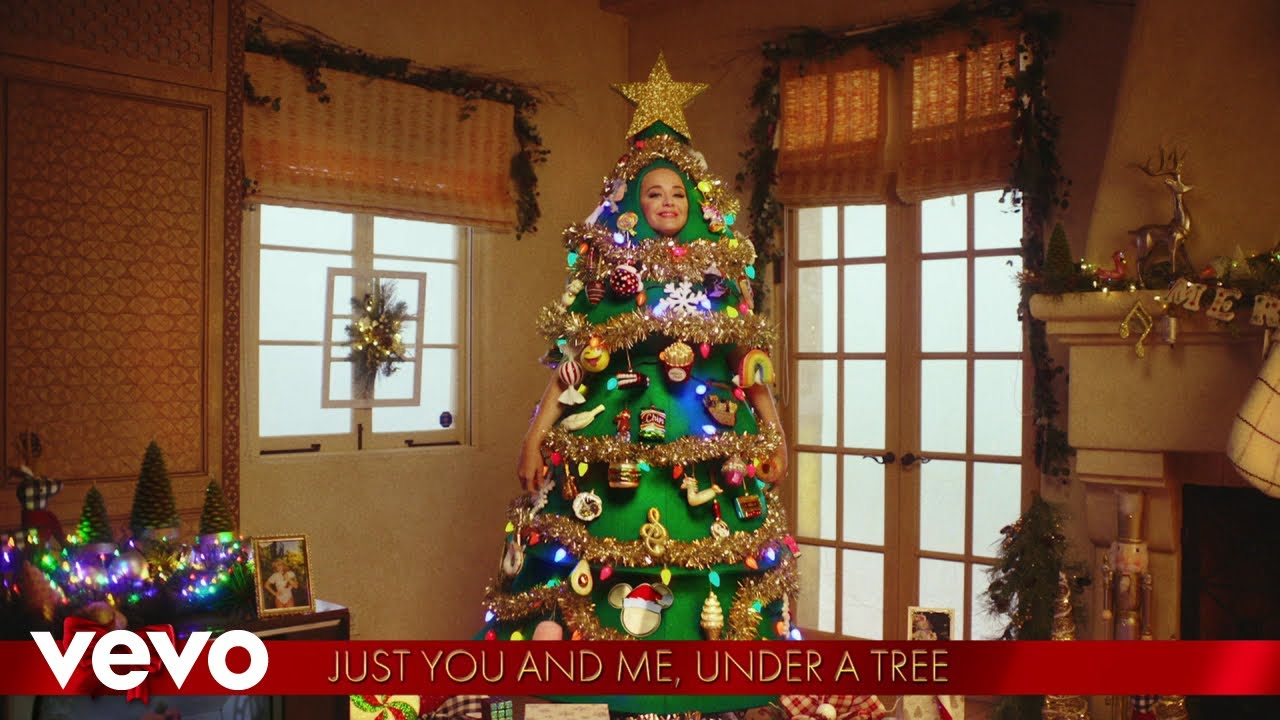 Katy Perry - I'll Be Home For Christmas / Cozy Little Christmas (From the Disney Holiday Singalong)