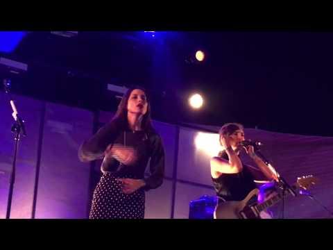 Warpaint - Love is to Die (Live HD) Santa Monica Pier 8-17-17