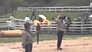 ヨーデルの森 コンゴウインコ フライトショー 2012 5 4.