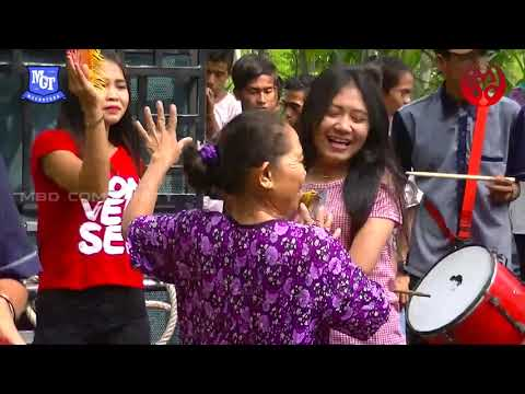 Adu Skil Ida Oched Vs Ibu-Ibu Di Pendem, Serta Hampir Gagal Nyongkol Karena Hujan Lebat