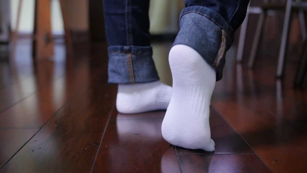 How To Really Clean Your Floor White Sock Test Youtube