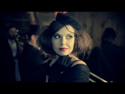 Modesta Pastiche - Lemon Tree (Fool's Garden cover) | Official Video