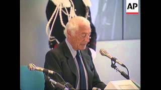 ITALY: HEAD OF AUTO GIANT FIAT GIANNI AGNELLI RETIRES