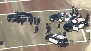 Police pursuit of carjacking suspects ends in Los Feliz in the Los Angeles area.