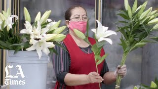 (5 a.m.) Beauty blooms at Downtown L.A. Flower Market | One Day During COVID
