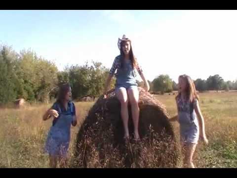 Pittsburg Kansas Girls With Subtitles Youtube