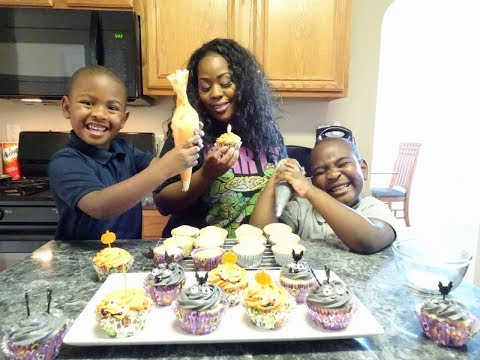 Bake With Us | Halloween Cupcakes | Sutton Fam Throw Down!!!!