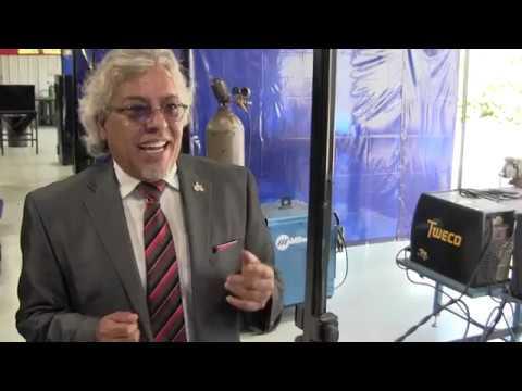 Gaby Calderon - Mech Tech Institute endosa a Candidato Ron De Santis para Gobernación en FL