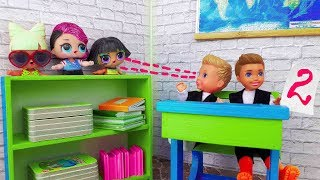 Куклы ЛОЛ ПРОНИКЛИ в школу на урок к Барби ! Barbie, Chelsea and LOL play dolls