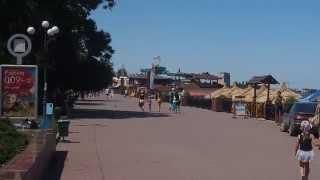 Экскурсия в Крым, часть 2  Обед в Феодосии(Видео отчёт двухдневной экскурсионной поездки в Крым 21-22 июня 2013 года с экскурсионной фирмой Анапский тури..., 2013-06-26T07:00:49.000Z)