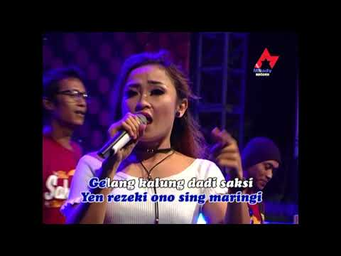 Intan Chacha - Gelang Kalung ( Official Music Video )