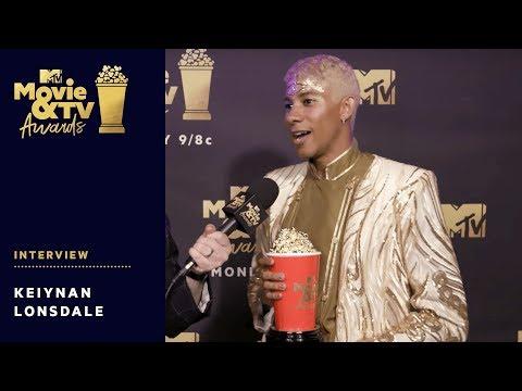 Keiynan Lonsdale Reacts to Winning Best Kiss Award | 2018 MTV Movie & TV Awards