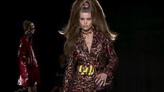 Baixar Versace Pre-Fall 2019 Show in New York