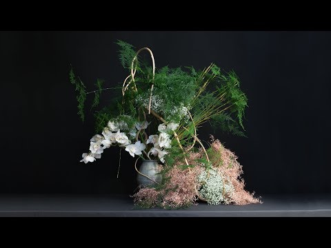 Ikebana Master Shigeo Suga visits the London Flower School