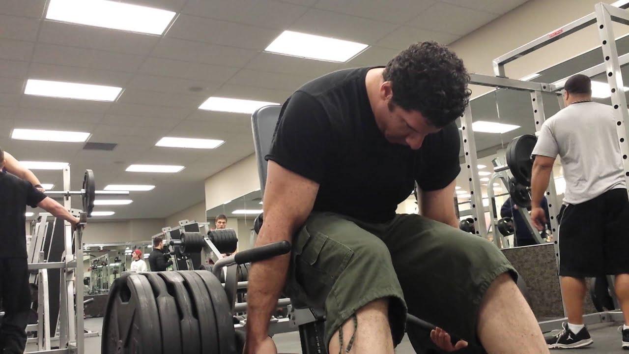 hammer strength shrug machine
