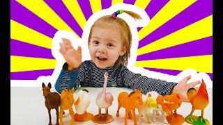 Виктория угадывает по звукам животных 🐎 - веселая игра для детей
