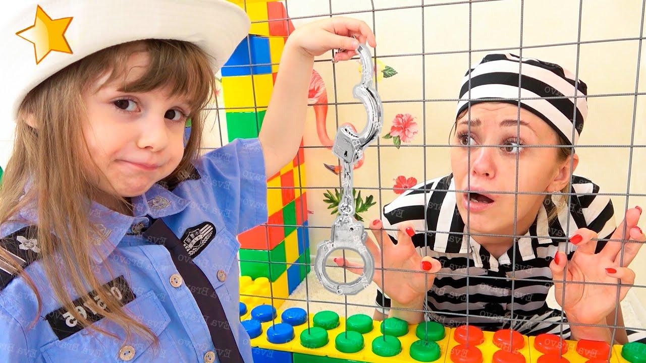 Ева и её забавная история с мамой про полицейского