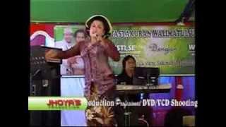 Download Video ALI ALI  LENGGERAN KHARISMA MUSIK PAGUBUGAN CILACAP MP3 3GP MP4